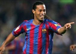 Ronaldinho đánh giá Messi