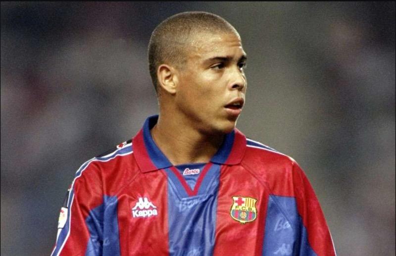 Tiền Đạo Ronaldo Barca 1996